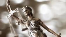 Auch nach dem EuGH-Urteil kann sich die niederländische Versand-Apotheke DocMorris nicht darauf verlassen, dass vor den nationalen Gerichten jeder seiner Gutscheine durchgeht. (Foto: Sebra / Fotolia)
