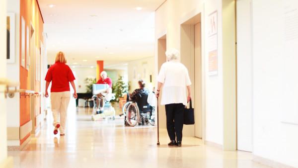 Wann braucht die Apotheke einen neuen Vertrag zur Heimversorgung?