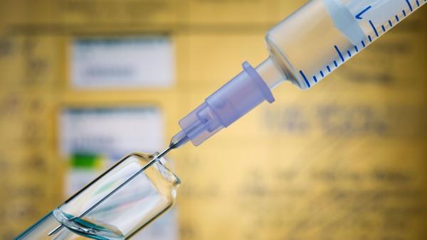 """Wann muss ein """"A"""" aufs Grippeimpfstoff-Rezept?"""