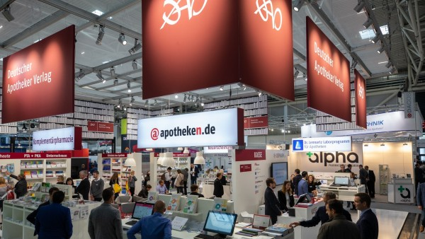 Deutscher Apotheker Verlag stellt Neuheiten ins Rampenlicht