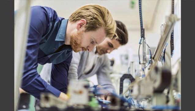Der Anfang vom oberen Ende - Platz 5: Fachkraft für technische Forschung und Entwicklung - Denkt viel nach für 70.833 Euro brutto im Jahr. (Foto: nd3000 / Fotolia)