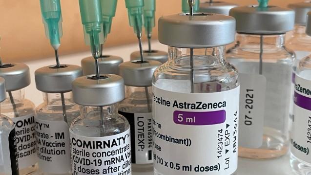 Heterologe Impfserien scheinen eine sehr gute Immunantwort auszulösen. (s / Foto: IMAGO / Marc Schüler)