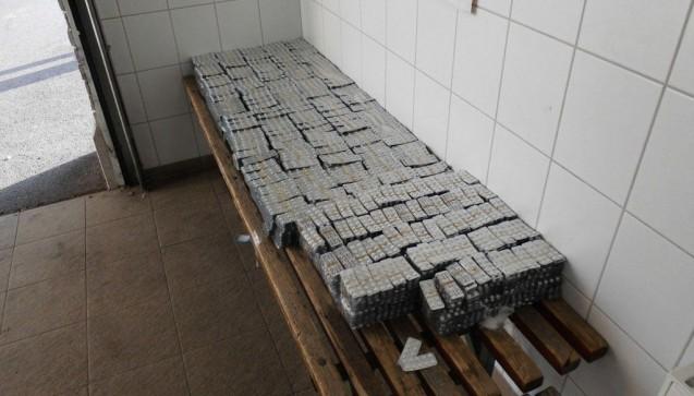 Unter den 11,1 Millionen illegalen Arzneimitteln waren Anti-Malaria- und Cholesterin-Medikamente, Arzneimittel gegen erektile Dysfunktion, Haarausfall und Nahrungsergänzungsmittel.