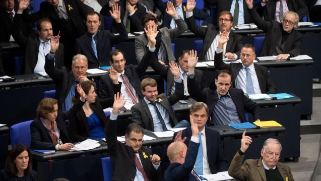 Wer sind die fünf Abgeordneten der AfD im Gesundheitsausschuss des Bundestages? (Foto: Picture Alliance)