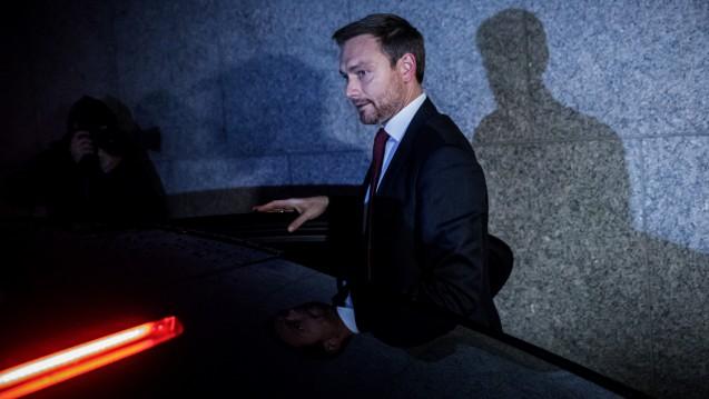 Das war's! Christian Lindner und die anderen FDP-Sondierer verließen gegen Mitternacht plötzlich die Sondierungsgespräche und brachen die Verhandlungen ab. (Foto: dpa)