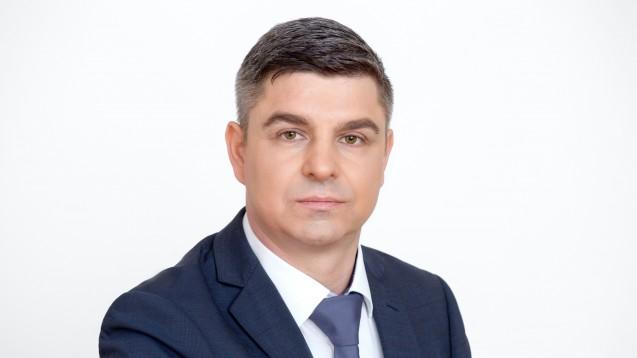 Adexa-Vorstand Andreas May freut sich über den einstimmigen Beschluss zur Strukturreform. (Foto: Adexa)