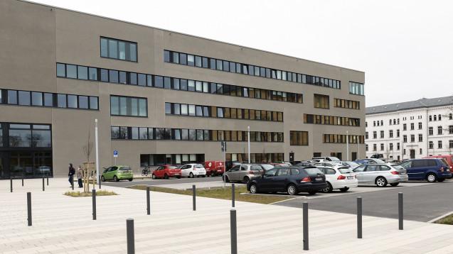Das Vertrauen in die Arzneimittelaufsicht Brandenburg hat durch die Lunapharm-Affäre gelitten. Das Gesundheitsministerium will Transparenz beweisen und hat eine Infohotline eingerichtet. (s / Foto: dpa)