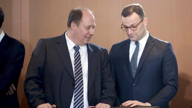 Helge Braun (li, CDU-Kanzleramtschef) traf sich mit DocMorris-Vorstand Max Müller, um über die Apothekenreform zu sprechen. Jens Spahn traf sich mit Vertretern des EU-Versender-Verbandes zu einem apothekenpolitischen Gespräch. (s / Foto: imago images / IPON)