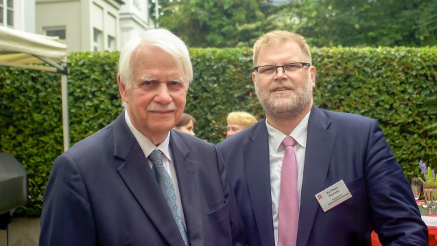 Dr. Jörn Graie (li.) und Kai-Peter Siemsen, die Spitzen des Hamburger Apothekervereins und der Kammer in der Hansestadt, lehnen das Angebot von Jens Spahn zum Apothekenmarkt ab. (Foto: tmb)