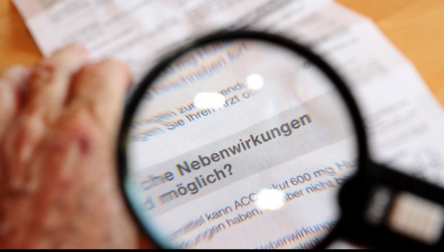 Das geht besser.Die EU-Kommission arbeitet derzeit daran, Unzulänglichkeiten in Packungsbeilagen und Fachinformationen aufzudecken. Wie kann man die Packungsbeilage besser machen? Konkret können bei den Packungsbeilagen die Verständlichkeit und die Lesbarkeit für den Patienten verbessert werden. Die verwendete Sprache sei häufig zu kompliziert, schreibt die Kommission. (Foto: picture alliance / dpa Themendienst)
