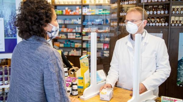 Bayern: Keine Maske hinter Plexiglas