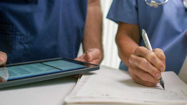 Marburger Bund: Nutzung der E-Patientenakte muss freiwillig sein