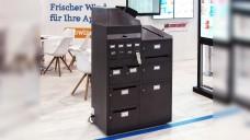 Sieht aus wie ein Aktenschrank und ersetzt viele Leitz-Ordner: ScanBot (Foto: wes / DAZ)