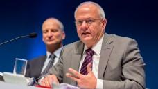 Die Delegierten der LAK Rheinland-Pfalz stehen hinter den Forderungen für das Rx-Versandverbot – und hinter ihrem Präsidenten Andreas Kiefer (hier mit ABDA-Präsident Friedemann Schmidt beim Deutschen Apothekertag). (Foto: Schelbert)