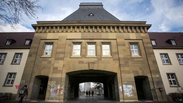 Offenbar nicht für alle Veröffentlichungen offen: Verträge der Unimedizin in Mainz stehen in der Kritik. (Foto: dpa / picture alliance)