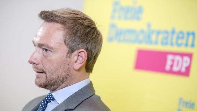 Shop-in-Shop: FDP-Chef Christian Lindner will Rx-Boni aus dem Ausland einerseits begrenzen, andererseits den Apothekenmarkt hierzulande teilweise deregulieren. (Foto: dpa)