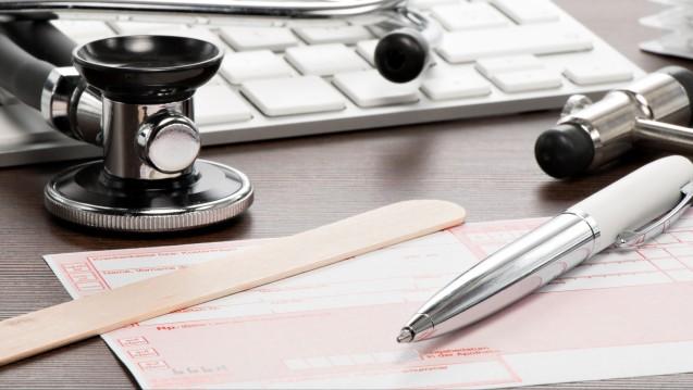 Hat der Arzt sein Entlassrezept richtig ausgestellt? Was muss die Apotheke prüfen? (Foto:Henrik Dolle / stock.adobe.com)