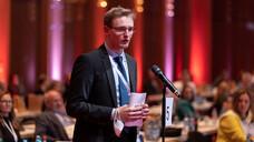Thorben Kurzbach, Präsident des Bundesverbands der Pharmaziestudierenden in Deutschland (BPhD), vertrat beim Deutschen Apothekertag die Interessen der angehenden Apotheker:innen. (Foto: Schelbert)
