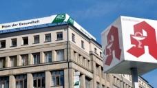 AOK-Zyto-Verträge vor dem Aus? Der AOK-Bundesverband kritisiert die Klarstellung der Großen Koalition, dass bestehende Verträge zwischen Apothekern und den AOKen bis drei Monate nach Inkrafttreten des AMVSG beendet sein müssen. (Foto: dpa)