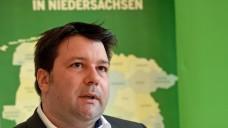 Keine Arbeit in Versandhandels-Lagern am Sonntag: Stefan Körner, Chef der Grünen in Niedersachsen, will die Arbeit von Versandhändlern am Wochenende einschränken. (Foto: dpa)