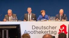 Podium beim DAT 2014 (v.l.): Fritz Becker, Lutz Tisch, Karin Graf und Friedemann Schmidt . (Foto: Schelbert/DAZ)
