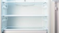 Leere Kühlschränke in der Apotheke: Bei vielen Impfstoffen gibt es Probleme mit der Lieferfähigkeit.(Foto:IntelWond / Fotolia)