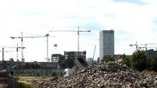 Hier soll spätestens 2020 das neue Apothekerhaus stehen: Die Heidestraße in Berlin. (Fotos: Sket)