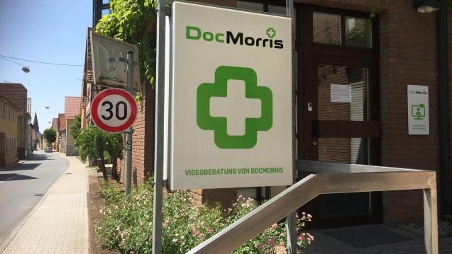 In den Räumen einer ehemaligen Apotheken wollte sich DocMorris mit seinem Automaten niederlassen. Das hält nun auch das Verwaltungsgericht Karlsruhe für unzulässig. ( r / Foto: diz/ DAZ.online)