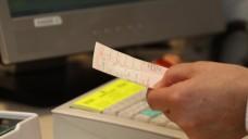 Sicher ist sicher: Rezepte auf Vorname und Telefonnummer des Verordners überprüfen. (Foto: Sket)