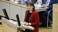 Katja Pähle, SPD-Fraktionsvorsitzende im Landtag von Sachsen-Anhalt, führt vonseiten der SPD die Arbeitsgruppe Gesundheit und Pflege an. (x / Foto: IMAGO / Christian Schroedter)