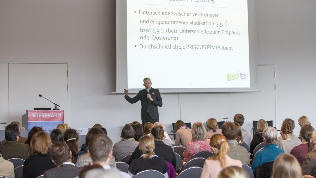 Olaf Rose beim POP-Symposium im Rahmen der Interpharm. (Foto: DAZ)