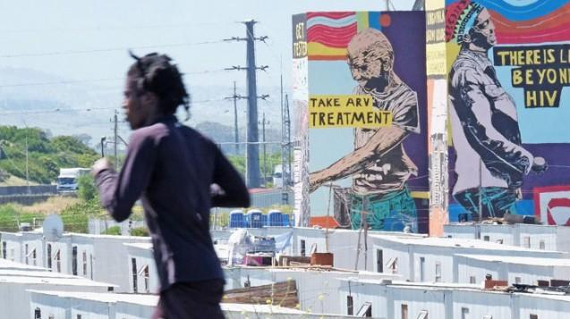 Khayelitsha Mural Project in South Africa: Zahlreiche HIV-Infizierten in afrikanischen Ländern haben keinen regelmäßigen Zugang zu Arzneimitteln. (Foto: MSF / Rowan Pybus)