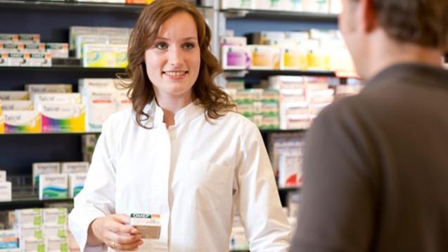 Apotheker wollen sich mit Beratungskompetenz vom Versandhandel abgrenzen. (Foto: Schelbert)