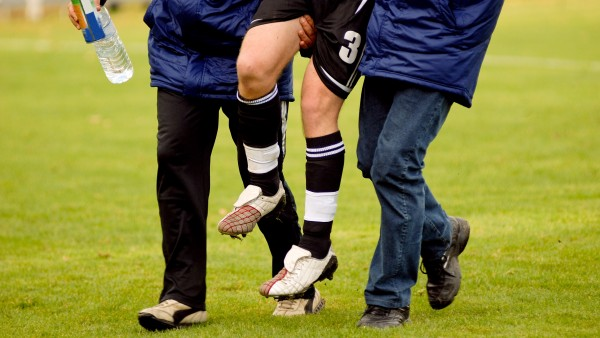 DFB will Missbrauch von Schmerzmitteln im Fußball untersuchen