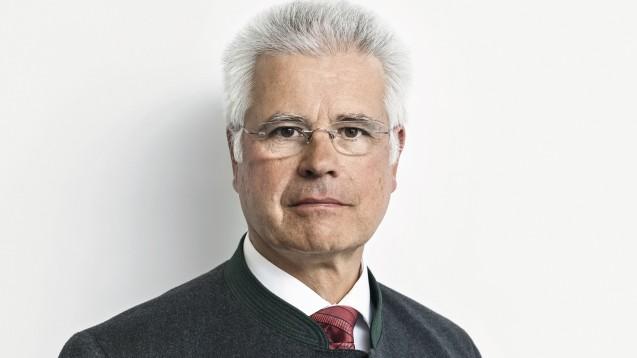 Der Vizepräsident der Bundesapothekerkammer, Thomas Benkert, eröffnete in diesem Jahr den Pharmacon in Schladming. ( r / Foto: BAK)