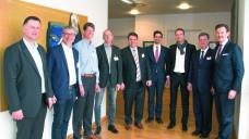 Teilnehmer der Beiratssitzung im März 2018 (v.l.): Andreas Wolf (Vertriebsleiter), Michael Schurig, Dr. Matthias Bein, Alexander Auer (Beiräte), Dominik Klahn (Geschäftsführer Avie), Philipp Kohl, Maik Lindner (Vertriebsleiter), Jörg Geller (stv. Vorstandsvorsitzender Kohl Medical), Frederik Schulte (Vertriebsleiter). (Foto: Avie)