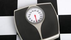 Die Pfunde sollen purzeln. Aber wie klappt das am besten? (Foto: Steven Pepple / stock.adobe.com)