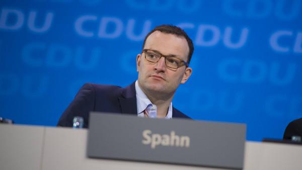Linke und AfD giften gegen Jens Spahn