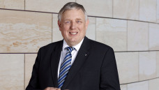Karl-Josef Laumann, neuer Gesundheitsminister in NRW, will die Apothekenüberwachung verschärfen. (Foto: MAGS.NRW)