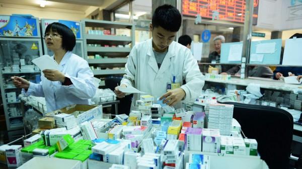 Staat will mehr Geld für teure Arzneimittel ausgeben