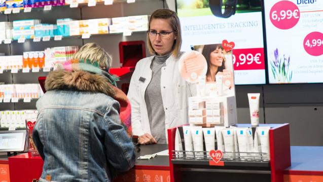 Für Apothekenangestellte gelten ab dem 1. September 2018 höhere Tariflöhne. Aber wie hoch sind die Löhne? DAZ.online hat alles in einer Tabelle zusammengefasst. (s / Foto: Imago)