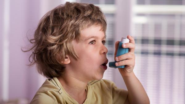 Asthma: Zulassungserweiterungen für Kinder