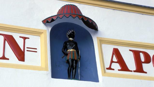 Nicht alle Mohren-Apotheken kombinieren ihren Namen auch mit einem entsprechendem Symbol. (Foto: Hanke / Imago)