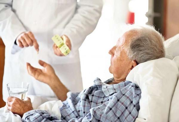 Wie starke Arzneistoffe bei schwacher Niere dosieren?