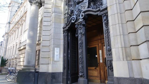Am heutigen Mittwoch war am Berliner Landgericht das erste Plädoyer der Verteidigung zu hören. (m / Foto: DAZ.online)