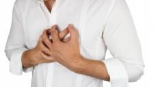 Vielleicht ein Herzinfarkt? Die FDA weist auf ein erhöhtes Risiko durch NSAR hin und will die Produktinformationen ändern. (Foto: pictureP/Fotolia)