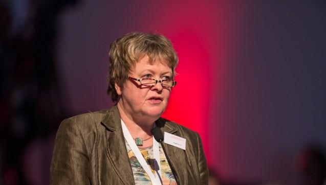 Kammerpräsidentin Linz (hier beim DAT in München) teilt die Einwände derder niedersächsischen Krankenhausgesellschaft nicht. (Foto: Schelbert /DAZ)