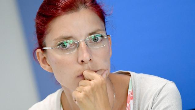 Brandenburgs Gesundheitsministerin Diana Golze (Linke) tritt von ihrem Amt zurück. Der Grund: Der sogenannte Lunapharm-Skandal, bei dem es um den Import mutmaßlich gestohlener Arzneimittel geht. ( j/ Foto: dpa)