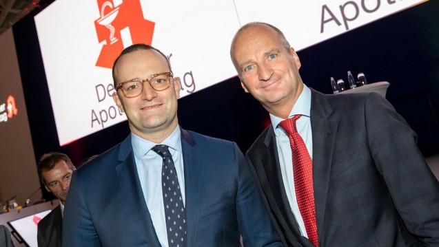 ABDA-Präsident Friedemann Schmidt und Bundesgesundheitsminister Jens Spahn (CDU) werden in den kommenden Wochen wohl noch öfter über die Reformpläne im Apothekenmarkt sprechen. (m / Foto: Schelbert)