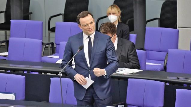 Bundesgesundheitsminister Jens Spahn stellte sich heute eine Stunde lang den Fragen der Bundestagsabgeordneten. (c / Foto: IMAGO / Bernd Elmenthaler)